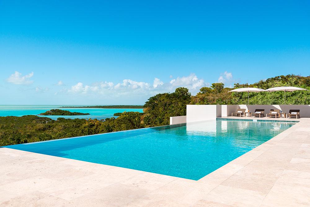 Sailrock-Resort-Great-House-Pool-Infinity-Edge-1