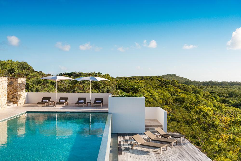 Sailrock-Resort-Great-House-Pool-Infinity-Edge-Hot-Tub-1