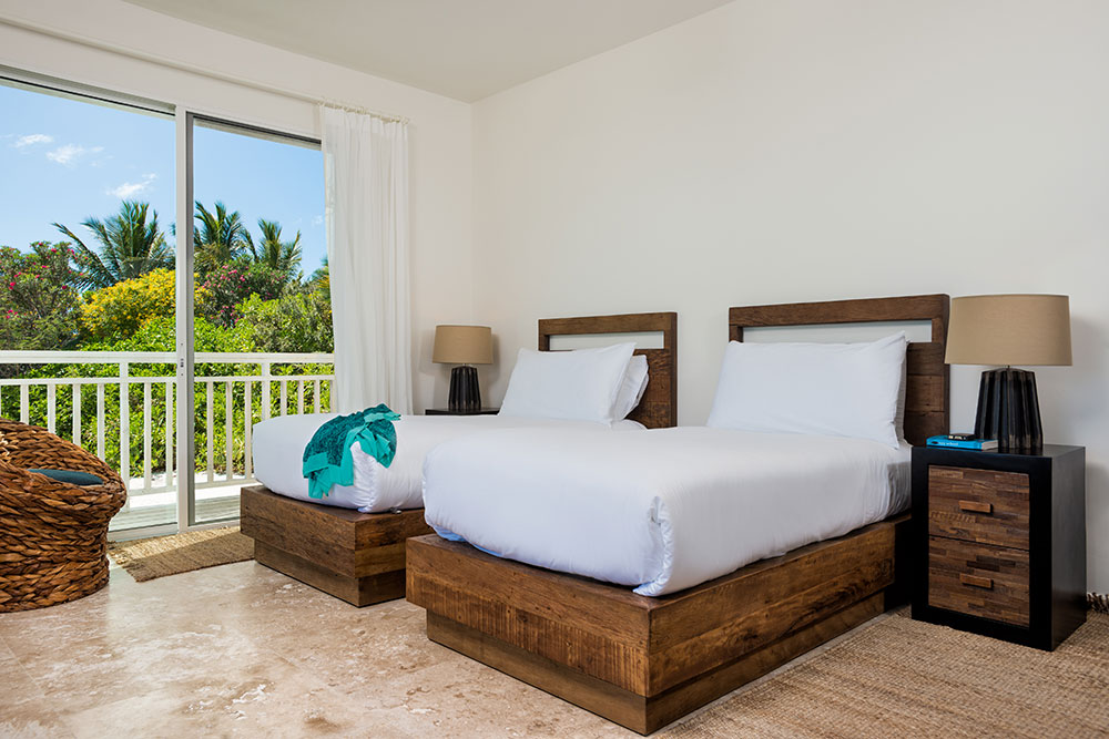 Sailrock-Resort-Ridgetop-Suite-Bedroom-2-Beds-1