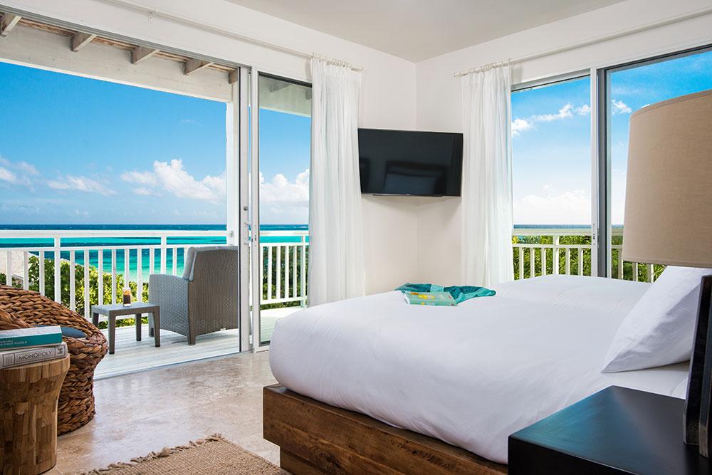 Sailrock-Resort-Ridgetop-Suite-Bedroom-2-Beds-2