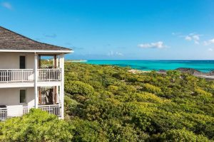 Top-Rated Luxury Resorts in Turks and Caicos