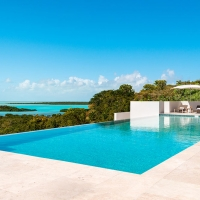 Sailrock-Resort-Great-House-Pool-Infinity-Edge-1