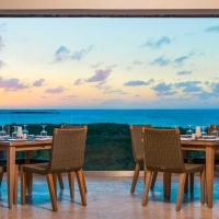 Sailrock-Resort-Great-House-Restaurant-West-Coast-Dining-Sunset-1
